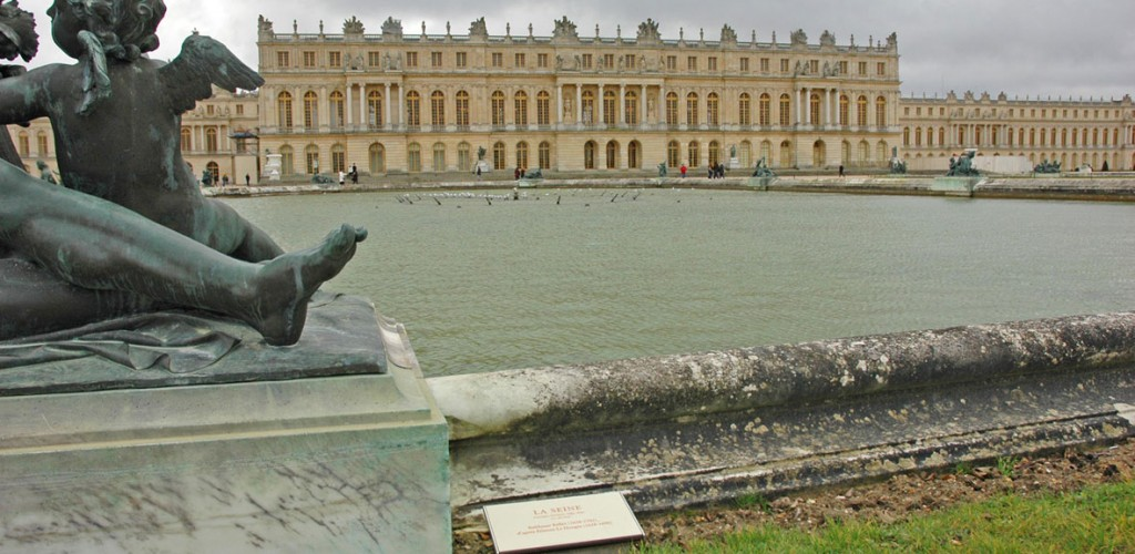 http://www.nap.fr/wp-content/uploads/2015/03/Stratimage-versailles-statue3-1024x500.jpg