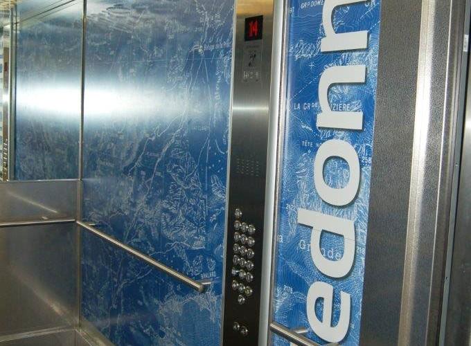 http://www.nap.fr/wp-content/uploads/2015/03/panneau-startifie-decor-ascenseur2-680x500.jpg