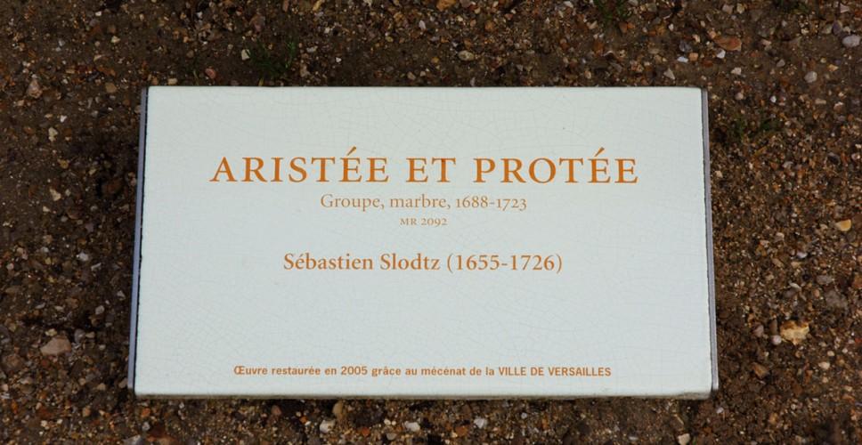 http://www.nap.fr/wp-content/uploads/2015/03/plaque-presentation-statue-968x500.jpg